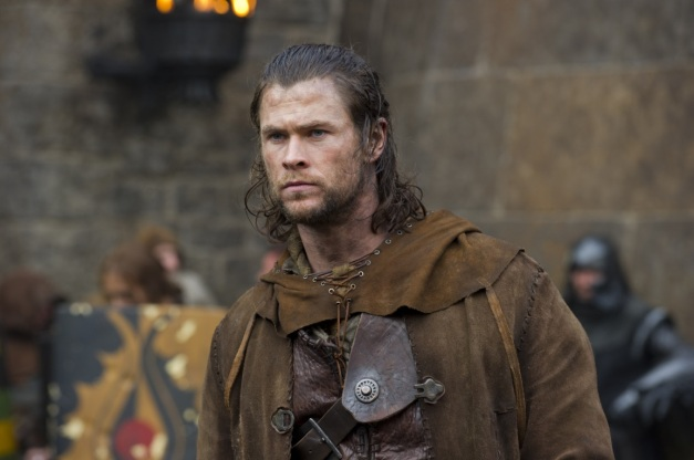 snow-white-huntsman-movie-image-chris-hemsworth